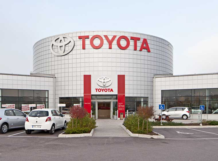Toyota Honors Legacy of Dr. Martin Luther King, Jr. with Annual $60,000 Donation...